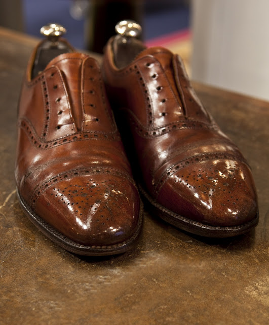 How To Shine The Wood On Your Dress Shoe